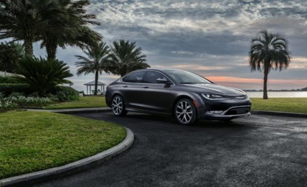 Give Us a C-Segment: Chrysler 100 Compact Sedan Coming for 2016