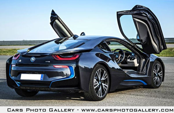 The BMW i8 could be the supercar