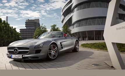 Mercedes-Benz SLS AMG Roadster  2015