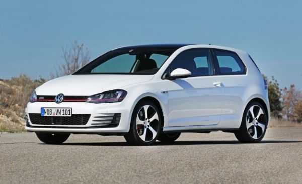 2015 VW GTI starts at $25,215: Base Seats Still Come in Plaid [2014 New York Auto Show]