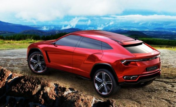"Lamborghini Wants to Grow Lineup, Clear ""Illicit"" Stereotypes"